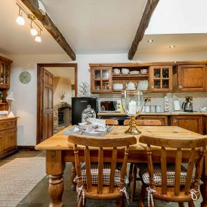 Higher Scholes Cottage kitchen